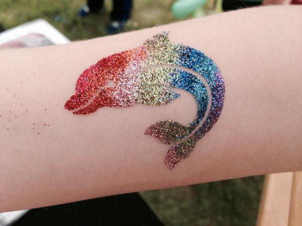 Zanyjanie Com Glitter Tattoos
